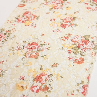 LACE TABLE RUNNER VINTAGE ROSE PRINT