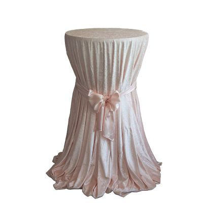 CRUSHED VELVET TABLE CLOTH BLUSH